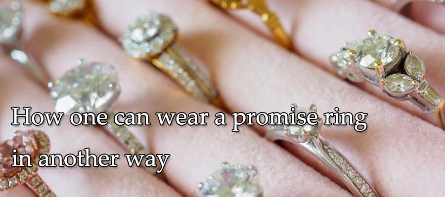 How one can wear a promise ring in another way
