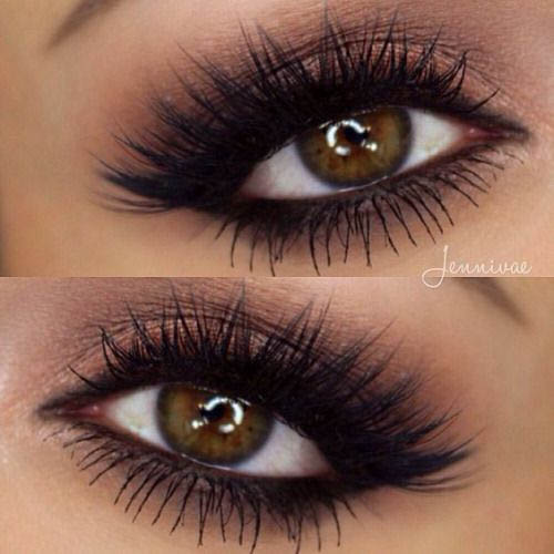 smokey eyes makeup with mink lashes